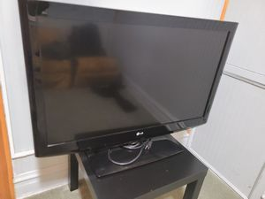 40 in LG tv for Sale in Bedford Park, IL