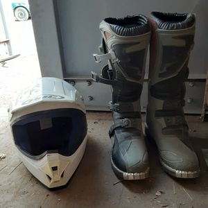 Small Motorcycle Helmet/ Size 9 Riding Boots for Sale in Bend, OR