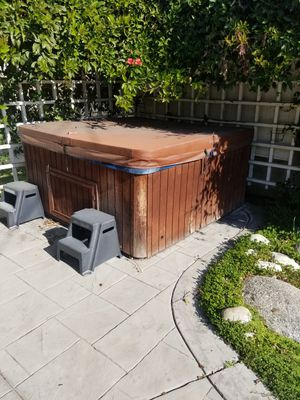 Jacuzzi hot tub spa for Sale in Glendale, CA