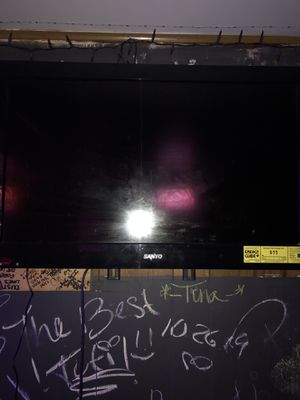 32 inch tv for Sale in Fountain Hill, PA