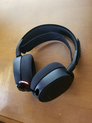Steelseries arctis 7 wireless gaming headset for Sale in Pittsburg, KS