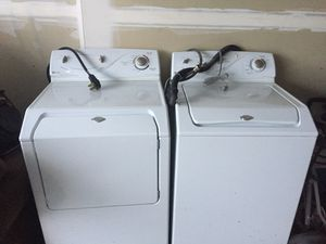 Maytag Ensignia washer and dryer. $300 and $250 respectively or $500 for set for Sale in Harrisburg, SD
