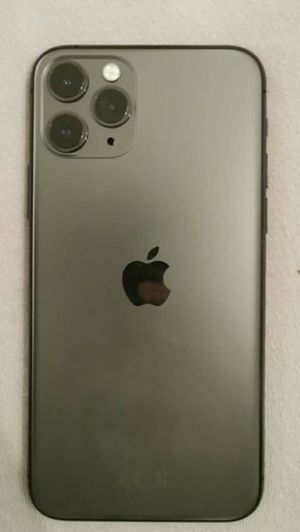 iPhone 11 pro max 256gb unlocked for Sale in Los Angeles, CA