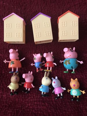 Peppa pig muddy puddles figurines/toy houses for Sale in Spring Valley, CA