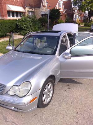 03 Mercedes C-320 for Sale in Stickney, IL