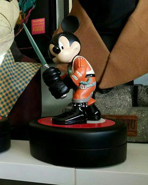 Disney Star Wars Mickey Mouse Luke Skywalker Pilot Statue Exclusive Sideshow for Sale in South El Monte, CA