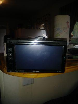 Radio,neverita de playa y caseta for Sale in Cleveland, OH