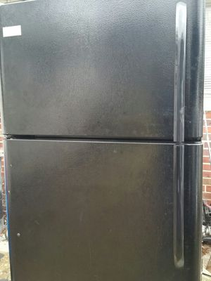 Nice black refrigerator like new 6 months warranty for Sale in Alexandria, VA