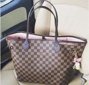 Louis Vuitton tote rose ballerine purse bag neverfull mm for Sale in Sacramento, CA