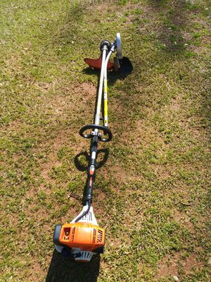 Stihl km 91 with string and edger attachments for Sale in Decatur, GA