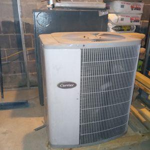 Goodman &Carrier HV/AC Unit Good Condition for Sale in Washington, DC