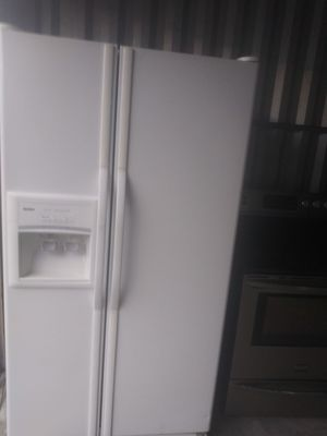 Refrigerator for Sale in Norfolk, VA