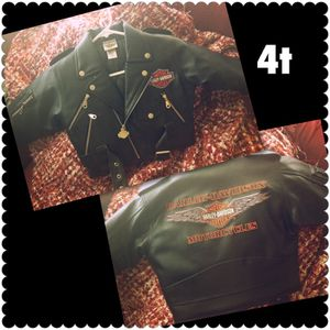 4t Boys Harley Davidson motorcycle jacket-like new for Sale in Modesto, CA