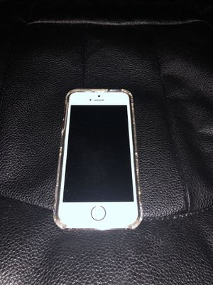 UNLOCKED iPhone 5 16G for Sale in Bothell, WA
