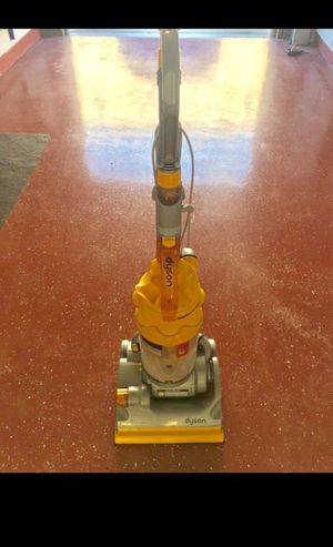 DYSON DC14 (Great condition) for Sale in Kettering, MD