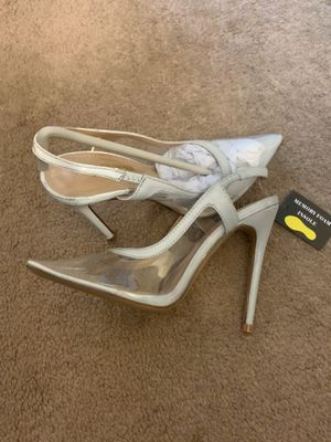 Brand new white pumps / heels for Sale in Oakland Park, FL