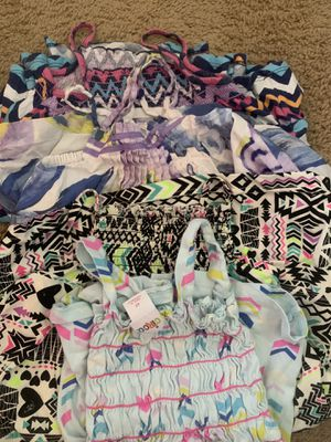4t girls clothes for Sale in Phoenix, AZ