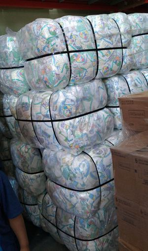 1500 diapers all sizes for Sale in Orlando, FL