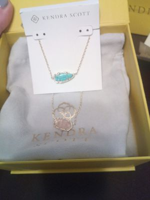 2 Kendra Scott necklaces for Sale in Tomball, TX