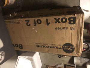 Trampolín nuevo en su caja for Sale in Fontana, CA