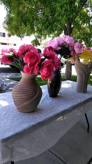 3 beautiful flowers vases. for Sale in Las Vegas, NV