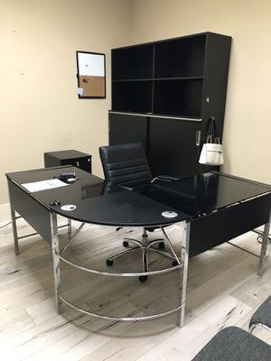 L-Shaped Desk Corner Computer Desk for Sale in San Diego, CA