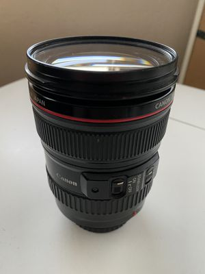 Canon EF 24-105 mm f/4 L IS USM Lens for Sale in San Francisco, CA