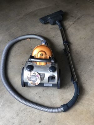 Electrolux vacuum for Sale in Stevenson Ranch, CA