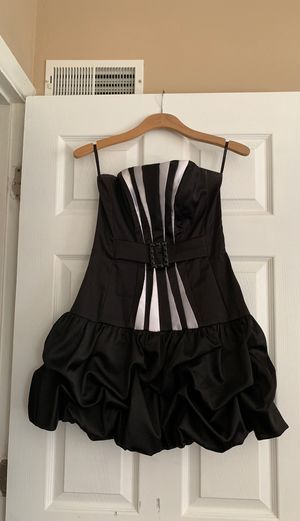Black strapless dress for Sale in Willingboro, NJ