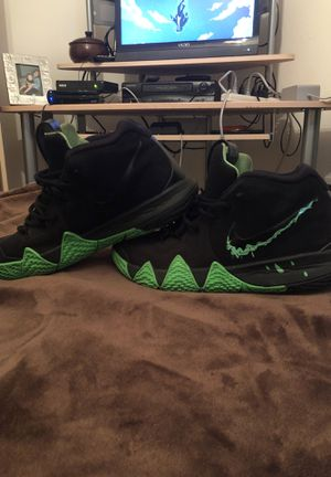 Kyrie 4 for Sale in Kissimmee, FL