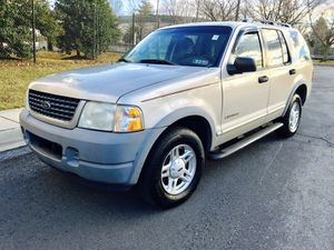 02 Ford Explorer XLS 4WD- Bargain Deal :: New Tires - Seats 6 people for Sale in Silver Spring, MD