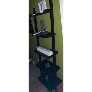 Black ladder book shelf for Sale in Monroe, MI