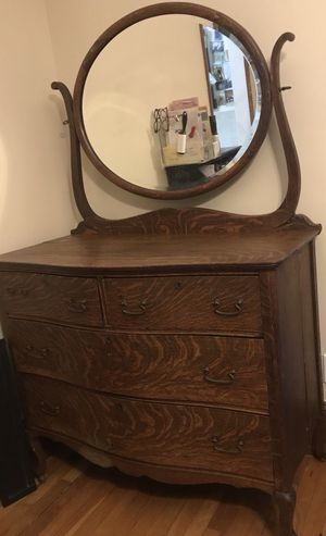 [PRICE NEGOTIABLE] Vintage Dresser with Mirror for Sale in Newton, MA
