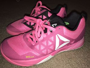 Reebok pink and black cross fit 7 1/2 for Sale in Houston, TX
