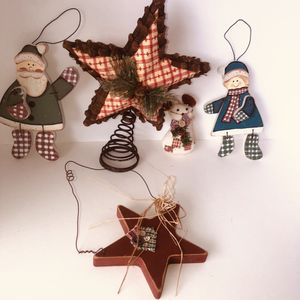 "Primitive Christmas star tree topper, hanging star decoration, ornament, & two wooden hanging snow 'people'. Tree topper 11""x8"". Snow 'people' 8""x7"" for Sale in Saint Albans, WV"