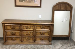 Thomasville dresser and mirror for Sale in Tempe, AZ
