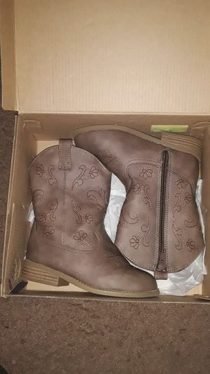 Toddler's girl boots size 11c brand new for Sale in Providence, RI