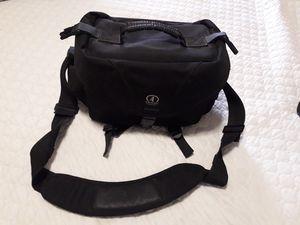 Tamrac vintage system 6 camera shoulder bag for Sale in Fresno, CA