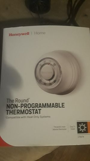Honeywell non programmable thermostat for Sale in Winston-Salem, NC