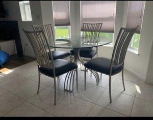 Kitchen table, bar stools for Sale in Melbourne Village, FL