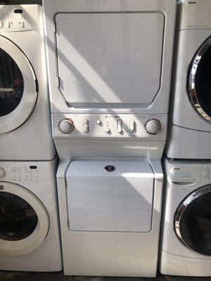 STACKED FRONT LOAD WASHER/GAS DRYER. for Sale in South Gate, CA