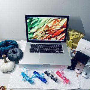 """Apple MacBook Pro 2011 Pre-Retina 15"""" Core i7 for Sale in Chicago, IL"""