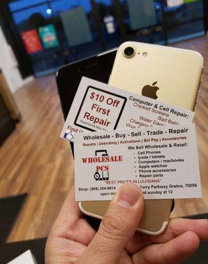 iPhone 7 32gb for Sale in Falls Church, VA