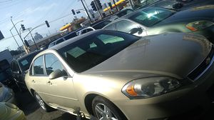 Clean title 2011 Chevy impala for Sale in Los Angeles, CA