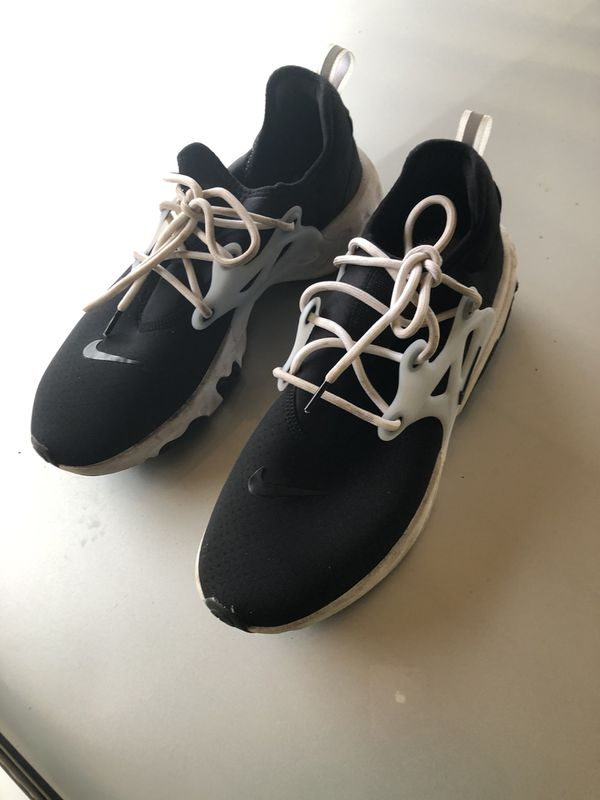 Nike runners shoe size 11