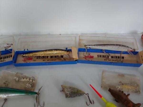 Antique fishing lures