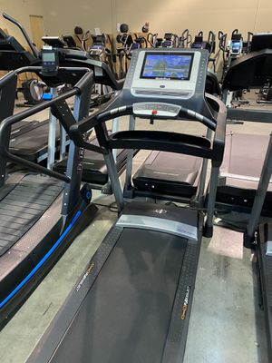 "NordicTrack Elite 1400 Treadmill with 14"" screen for Sale in Glendale, AZ"