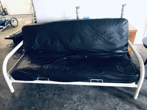 Modern black and white leather futon for Sale in Hollywood, FL