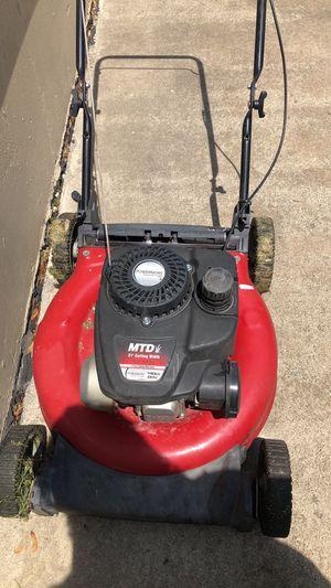 Lawn mower for Sale in Roseville, MI