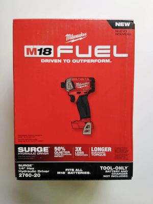 """Milwaukee 1/4"""" HEX IMPACT SURGE: Fuel/Brushless (No Battery)Nuevo for Sale in Los Angeles, CA"""